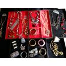 Großhandel Beads & Charms: HAUTECOUTURE SCHMUCK STOCK