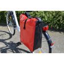 Fahrradtasche aus Tarpaulin (LKW-Plane), rot/schwa