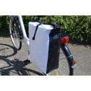 Fahrradtasche aus Tarpaulin (LKW-Plane), weiß/schw