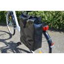 Fahrradtasche aus Tarpaulin (LKW-Plane), schwarz
