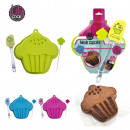 mold cupcakes and  spatula and tester gm, 3-times a