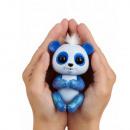 https://evdo8pe.cloudimg.io/s/resizeinbox/400x400/https://images.zentrada-network.eu/kundendaten/00/75/58/03/images/artikel/detail/4597y9heWowWee_Fingerlings_Glitzer_Baby_Panda_Archie__Blau__Weisse_Haare___3.jpg