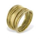 Une partie de l'anneau doré mat sterling 925/000