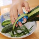 Vegetable and fruit peeler