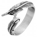wholesale Jewelry & Watches: Accent Ladies' ring made of stainless steel