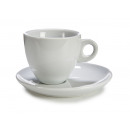 tazza di caffè latte e piatti porcellana bianca