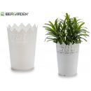 white plastic flower pot 9x11,8cm