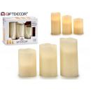 Set mit 3 creme geführten Kerzen