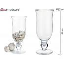 Riesengroßes Kristallglas