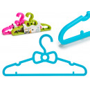 set of 5 children's clothes hangers 3 times s