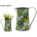 grossiste Plantes et pots: jardinière en métal pichet feuilles