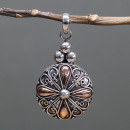 wholesale Beads & Charms: Silver & Gold Pendant - Classic Round