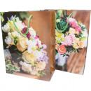 Ajándéktáska 23x18cm, virágcsokor design