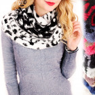 B10A57 Hairy, Double-sided Scarf, Dalmatian