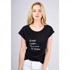 T-Shirt inscription: who cares I'm awesome, bl