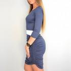 Dress abbinato con le increspature, blu scuro e bi