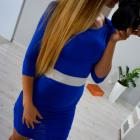 Vestido ajustado, plisado, azul y blanco