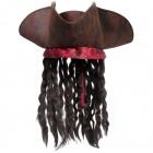 Piratenhut mit braunen Haaren