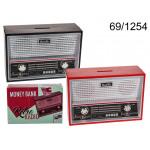 Piggy bank radio in retro style