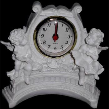 Angel White avec horloge