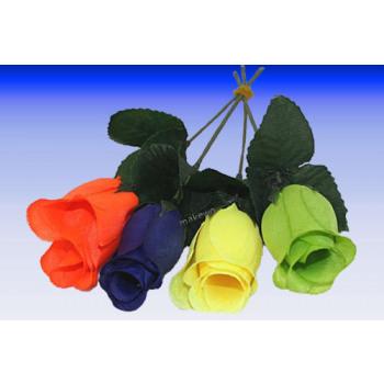 Rosebud dans des couleurs au néon, la litière Carn