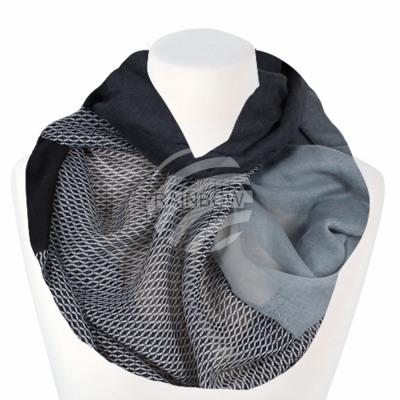 Ladies loop scarf grid black white