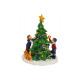 Miniaturowe drzewa z dwójką dzieci i psem z poli,